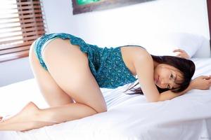 com_d_o_u_dousoku_yoshikirisa_141112a086a(1)