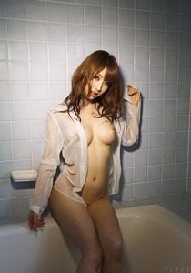 com_d_o_u_dousoku_ayami_shunka_20150423d007a(1)