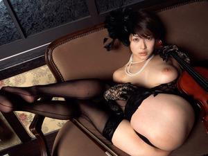 com_o_p_p_oppainorakuen_20111116_01