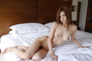 com_d_o_u_dousoku_aizawaarisa_141102a055a