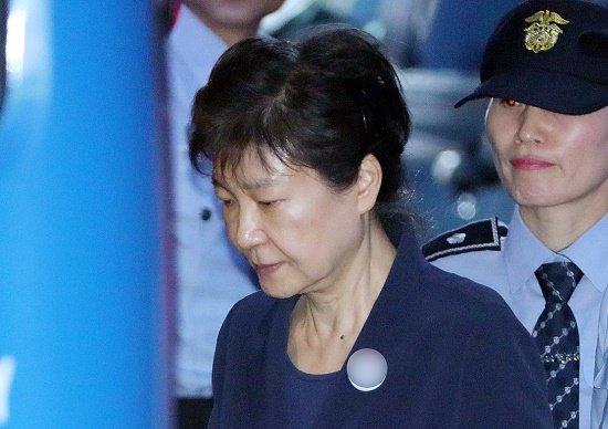 【速報】 朴槿恵(パククネ)前大統領に死刑判決