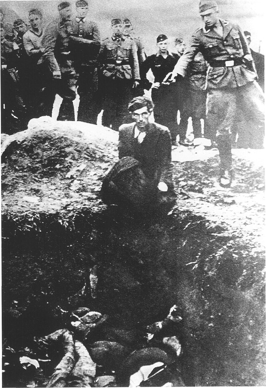 ユダヤ 人 虐殺 理由 ヒトラーはなぜユダヤ人を虐殺したのか。 現役薬剤師ネオンが伝える物販×金融情報...