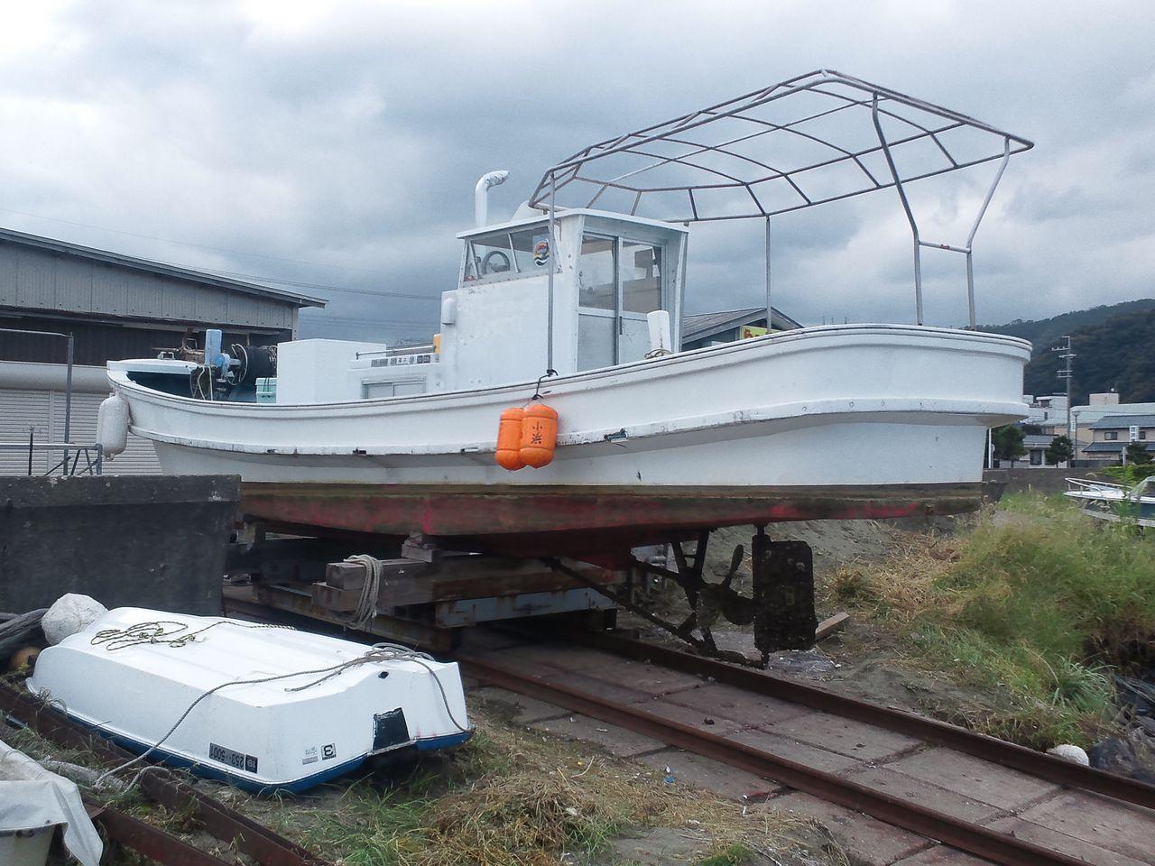 饗庭ボートサービスの…  漁船 船底塗装&船体補修コメント