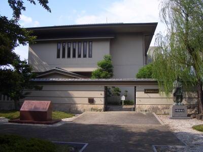 春日井市道風記念館