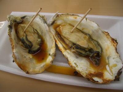 宮島産の焼き牡蠣