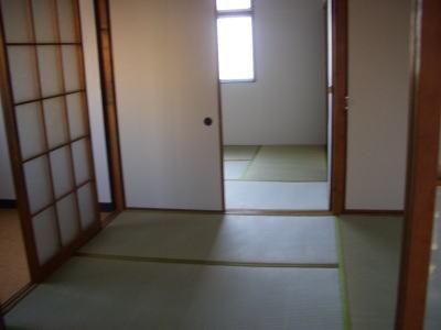 ハピネス稲生の室内