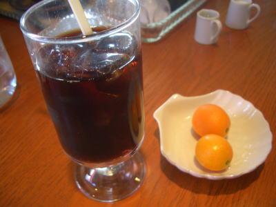 アイスコーヒーと金柑