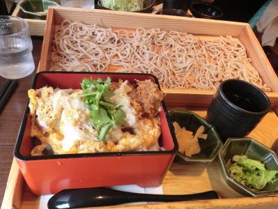 北海道産昆布風味の熟成豚ロースかつ重と板そば