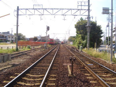 名鉄瀬戸線の線路