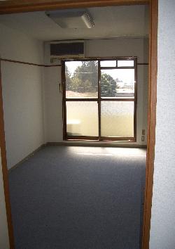 賃貸マンション プロファイブ不二の部屋の中