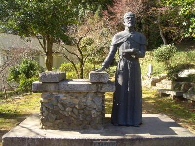 ザビエルの銅像