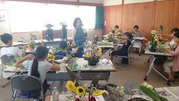 講師の神田先生です。