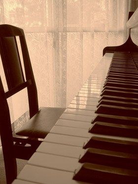藍色工房 ピアノ画像練習室2