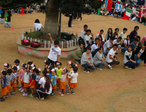 明石 保育園 運動会2歳 (2)