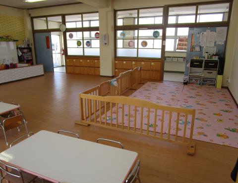 明石 保育園 保育室