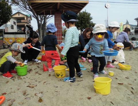 明石 保育園分園 砂場遊び