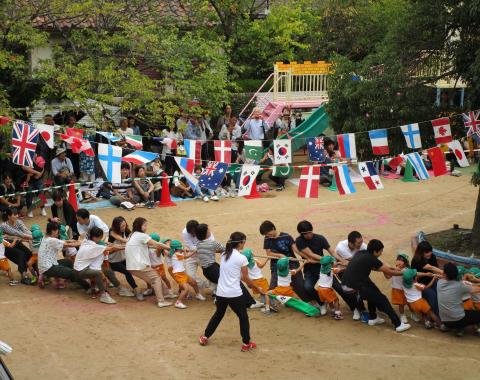 保育園 運動会 障害物競争2
