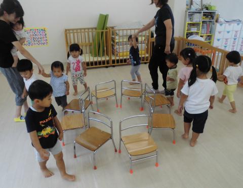 明石 保育園 椅子取りゲーム