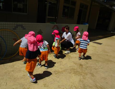 明石 保育園 2歳児