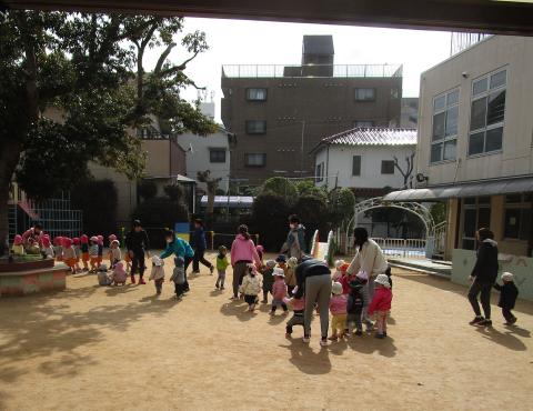 明石 保育園 避難訓練2