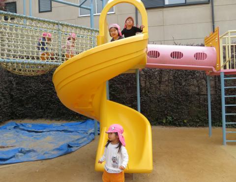 明石 保育園 遊具