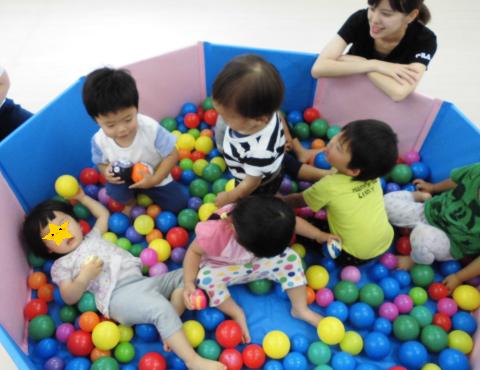 明石 保育園 ボール遊び