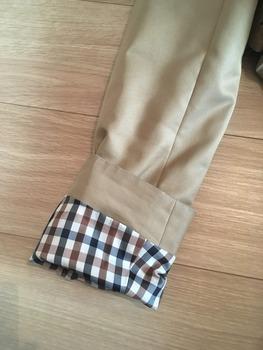 トレンチコート袖のまくり方8