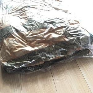掃除機不要の布団圧縮袋8