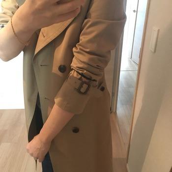 トレンチコート袖のまくり方14