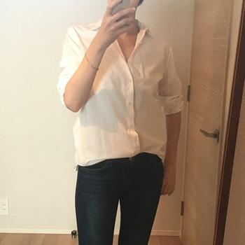 シャツの袖のまくり方8
