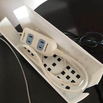 セリアのケーブルボックス(タップボックス)5