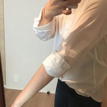 シャツの袖のまくり方3