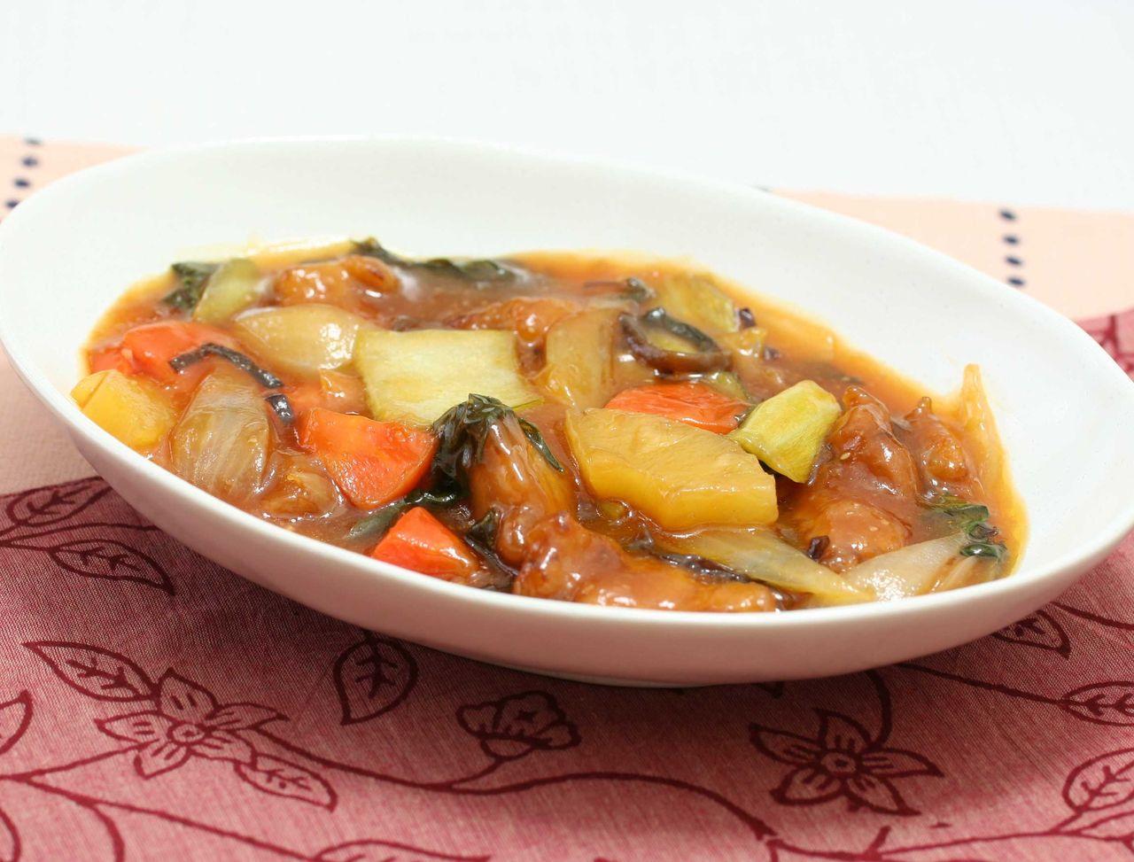 酢豚 【本日の献立】 ごはん、酢豚、ナムル和え、スープ 【レシピ】 ☆酢豚 1.豚肉は食べやすい