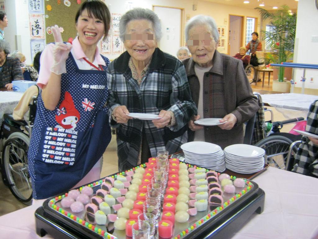 和菓子バイキング : らいふ愛甲石田のblog