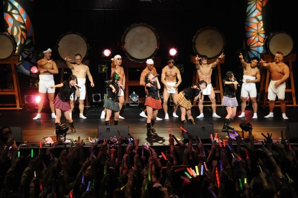news_large_momocloZ_otoko_22