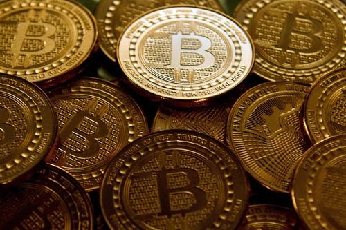 BitCoin下げ止まらず、8000ドル割り込む。お前らはいつまで我慢するん?