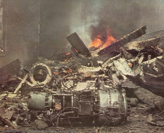 Tu-144_crash_02