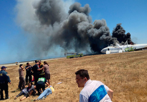 Asiana Airlines_boeing777crash_06