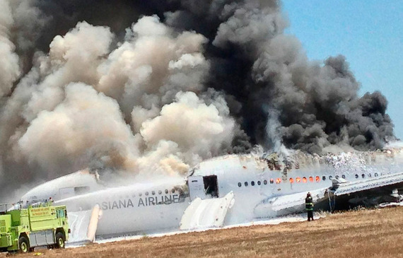 Asiana Airlines_boeing777crash_05