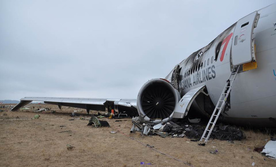 Asiana Airlines_boeing777crash_24
