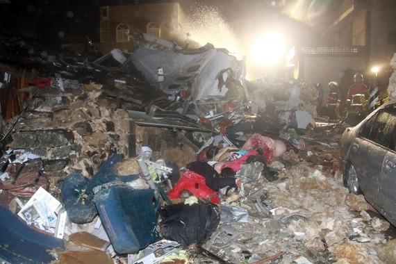 TransAsia Airways Plane Crashes_03