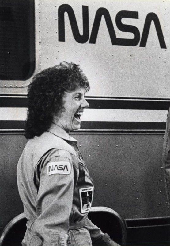 Space-Shuttle-Challenger-disaster_15