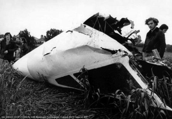 Tu-144_crash_05