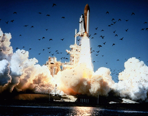 Space-Shuttle-Challenger-disaster_17