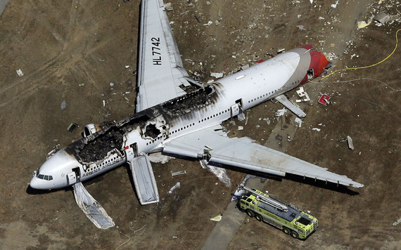 Asiana Airlines_boeing777crash_19