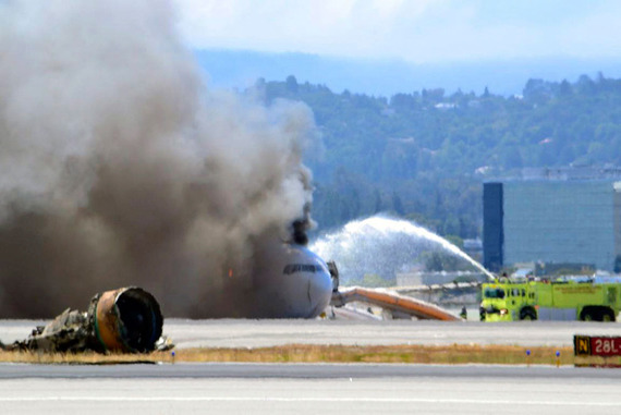 Asiana Airlines_boeing777crash_07