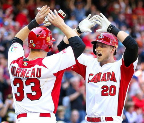 Canada-2013-WBC-home-uniform