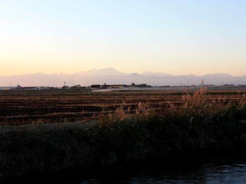 夕暮れの田園 3