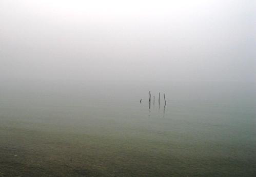 シルミオーネの湖畔にて