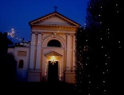 クリスマス前の教会